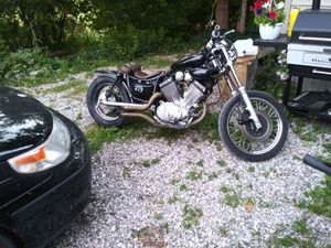 Motorcycle yamaha 87 bobber for Sale in Mount Pleasant, MI