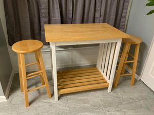Table w/Stools for Sale in Temple Hills, MD