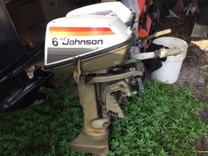Outboard motor 2 Johnson 6HP complete for parts not working for Sale in Tampa, FL
