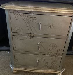 Night Stand for Sale in Azusa,  CA