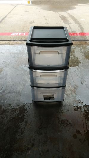 3 drawer plastic drawer with wheels for Sale in Dallas, TX