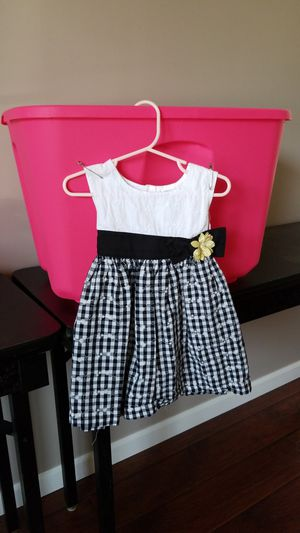 3t Girl Dress make offer, bundle items! for Sale in Plainfield, IL