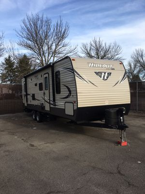 Tow behind rv- hideout by keystone for Sale in Lockport, NY