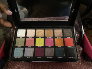 SHANE X JEFFREE CONSPIRACY COLLECTION for Sale in Jurupa Valley, CA