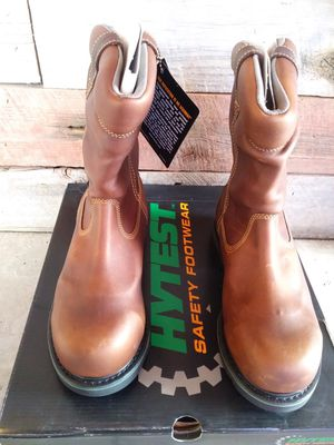 Hytest footrest winter work boots for Sale in Taylor, MI