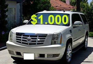 $1,000 2008 Cadillac Escalade Very Clean!Runs and Drives great.❤️ for Sale in Minneapolis, MN