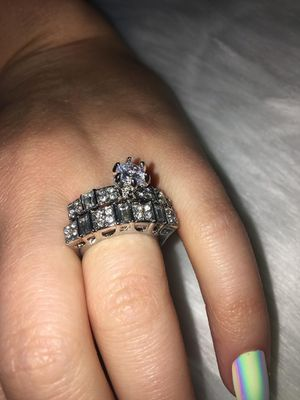 2 PIECE STERLING SILVER WITH CZ'S ENGAGEMENT/WEDDING RING SIZE 6 for Sale in Glendale, CA