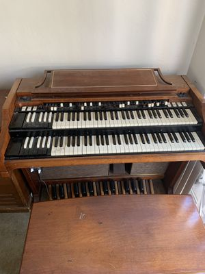 This is an older Hammond A100, for Sale in El Sobrante, CA