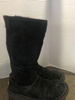 Ugg Women's Black Suede Back Zip Boots Size 7 for Sale in Manassas,  VA