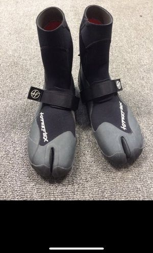 Wetsuit boots 3mm split toe Hyperflex men's size 6 for Sale in San Juan Capistrano, CA