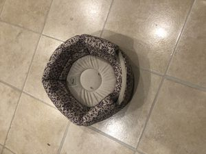 Free cat bed for Sale in Tacoma, WA