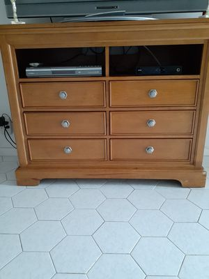 TV stand - Dresser for Sale in West Park, FL