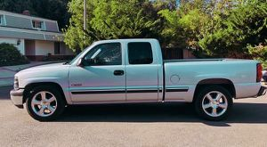 2001 Chevy Silverado Great mechanical condition for Sale in Worcester, MA