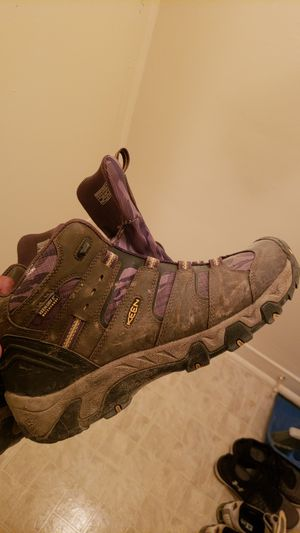 Size 10 Keen Men's Koven waterproof mid hiker boots for Sale in Washington, DC