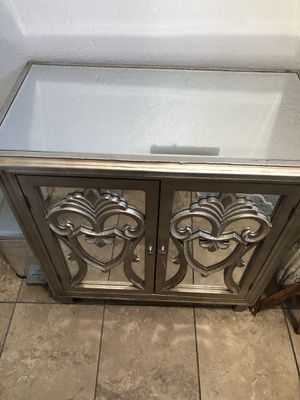 Antique Cabinet for Sale in Huntington Park, CA