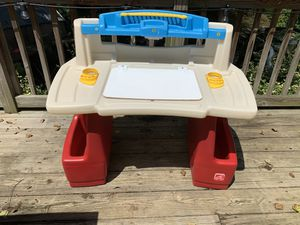 Step 2 DeluxeArtist Desk for kids. for Sale in Bowie, MD