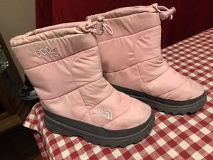 Kids girl Snow Boots The North Face Brand size 13 for Sale in Chula Vista, CA