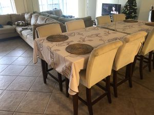 Dining room table high table top and 4 chairs for Sale in Pompano Beach, FL