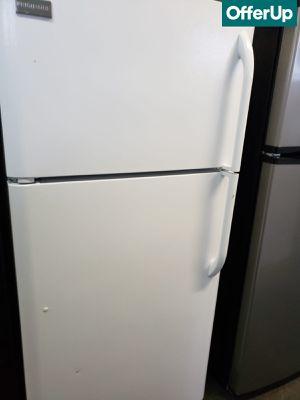 🚚💨Free Delivery Frigidaire Refrigerator Fridge 18 cu ft #1141🚚💨 for Sale in Rialto, CA