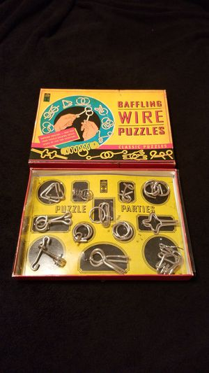 BAFFLING WIRE PUZZLES CLASSIC PUZZLES for Sale in Cypress Gardens, FL
