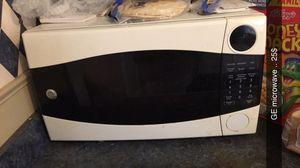 Large GE Microwave for Sale in Saginaw, MI