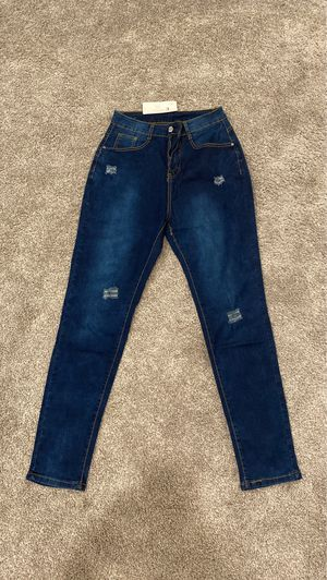 Dark faded wash skinny jeans, brand new never worn. Size Small. for Sale in Vista, CA