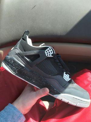 Jordan retro 4 for Sale in Clarksville, TN