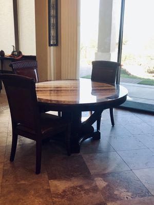 60in Round Marble Dining Room Table for Sale in Mesa, AZ