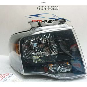 2007 2014 FORD EXPEDITION RIGHT PASSENGER HALOGEN HEADLIGHT OEM 2008 2010 UC43516 for Sale in Lynwood, CA