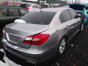 Selling Parts for a 2012 Hyundai Genesis for Sale in Detroit, MI