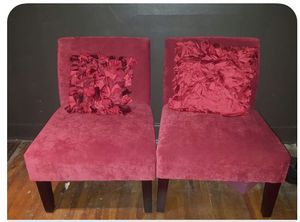 Red armless chairs with 2 satin pillows to match for Sale in Nashville, TN