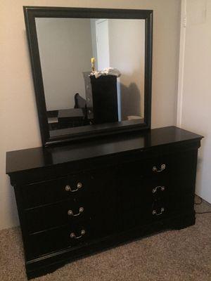 Bedroom set for Sale in Houston, TX