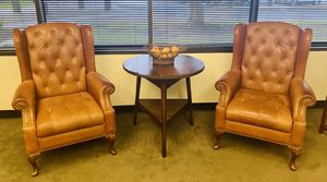 Beautiful leather club chairs and table! for Sale in Katy, TX