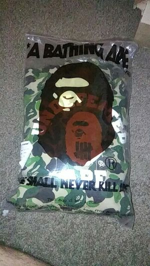 Undefeated bape hoody collab size XXL for Sale in Fresno, CA