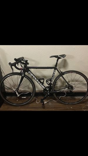 CANNONDALE ROAD BIKE! for Sale in Los Angeles, CA