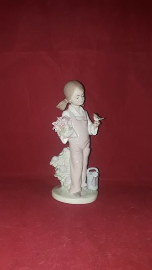 "RETIRED LLADRO #5217 FINE PORCELAIN PIGTAIL GIRL WITH BIRD, FLOWERS & WATERING CAN SCULPTURE FIGURINE 7"" TALL WITH ORIG BOX for Sale in Pompano Beach, FL"