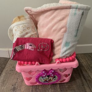FREE 2 Baby Blankets & 24mth Shirt & Minnie Toy Basket for Sale in Ontario, CA