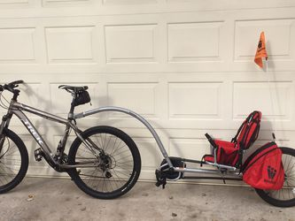 Weehoo Igo Bike Trailer with Pedals for Sale in Sanford,  FL