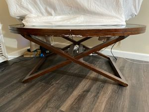 Oval shape TV stand for Sale in Downey, CA
