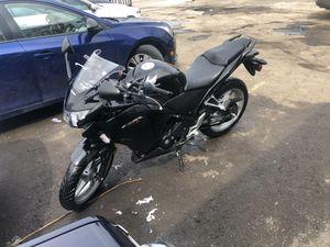 Honda 2011 CBR 250cc for Sale in Dearborn, MI