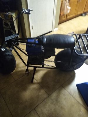 Coleman mini bike 7 horse predator motor ready to go runs black cowboys and the other one is a Coleman clone can I guess a 3 horse power for Sale in Phoenix, AZ