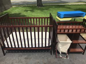 Crib/changing table set for Sale in Minneapolis, MN