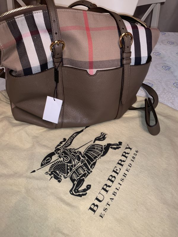 Burberry Authentic New Diaper Bag $1,000 orig price $2,500