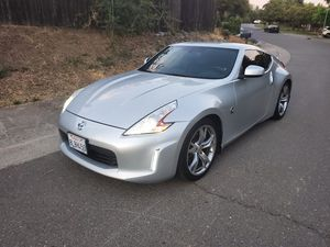 2013 Nissan 370Z touring edition only 90k miles 10/10 condition (clean title) for Sale in Sacramento, CA