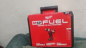 M12 Fuel Milwaukee 1/2 Hammer 🔨 Drill Driver kit for Sale in Tucson, AZ