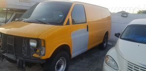 2001 Chevy Express 3500 for Sale in San Antonio, TX