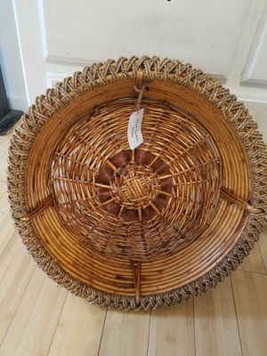 Large round basket for Sale in Alamo, GA