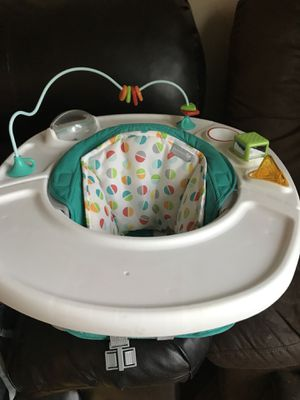 Summer booster seat also can be ah play seat for Sale in Cleveland, OH