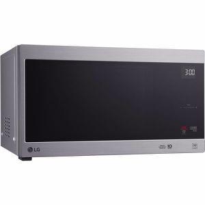 Microwave Oven Countertop Kitchen Applianced Horno Microonda 1.5cu LG LMC1575ST for Sale in Miami, FL