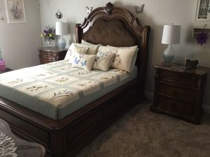 7 Piece Bedroom set for Sale in Pace, FL